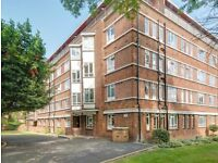 Well located with excellent transport links 3 bed flat share in Kilburn (Jubilee Line)
