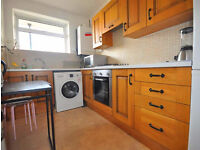 Large Three double bedroom apartment in King`s Cross with kitchen diner