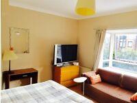 1 Double bedroom. near Mudchute & Canary Wharf