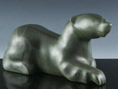 GREAT LARGER INUIT CARVED SOAPSTONE RESTING POLAR BEAR ARTIST SIGNED & NUMBERED