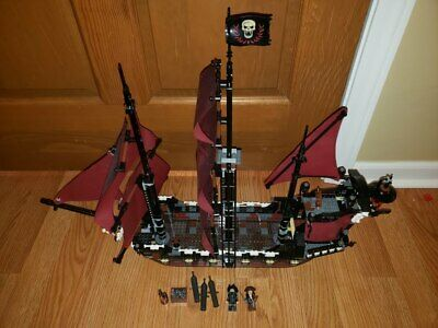 Lego Pirates Of The Caribbean Queen Anne's Revenge (4195) Retired Rare