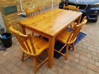 Dining Table & Chairs (can deliver)