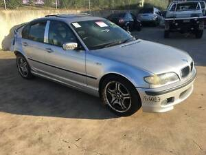 2005 BMW 318i WRECKING FOR PARTS