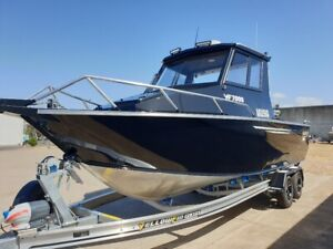 Yellowfin 7600 Southerner HT Mercury 4.6L V8 Pro Xs Alloy I-Beam trailer Pialba Fraser Coast Preview