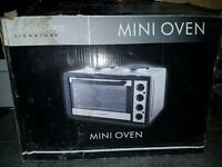 mini oven 2 ring hob, ideal for caravan, builders hut kitchen workshop, bedsit etc