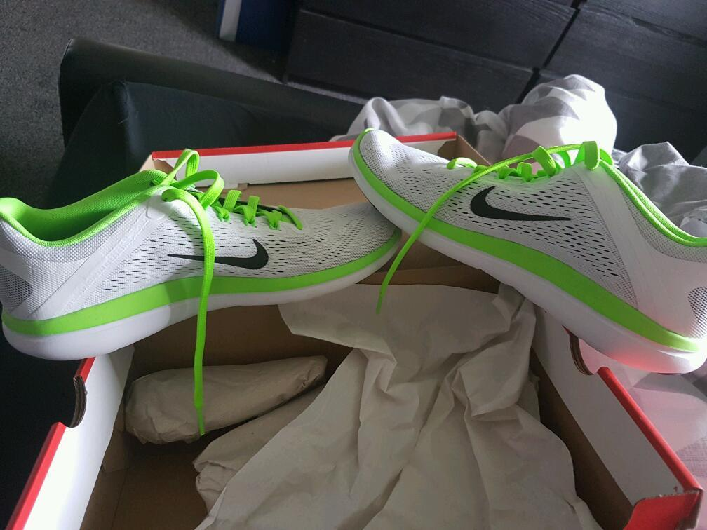 Nike running shoesin Glasgow City Centre, GlasgowGumtree - 100 authentic nike running trainers size 9 bought from very catalogue came wrong size and didnt send them back in time having a clear out cost 90 brand new so sell for 40 ovno worn once to try on .... contact davie