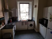 MONTPELIER PARK - Three Bed Flat Available for the Edinburgh Festival