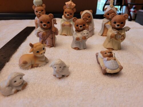 Set of 11 Miniature Bear Nativity Porcelain Figurines Homco 5412 Home Interior
