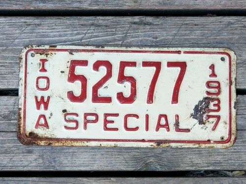 1938 Iowa Special License Plate 52577