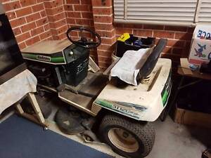 Small Ride on Tractor/Mower Bolens ST120 Hydro Windsor Hawkesbury Area Preview