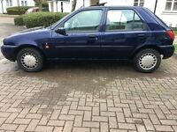 Ford Fiesta Ghia, Huge Service History, 13 Stamps, Long Mot !