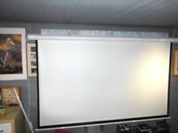 Electronic, remote coated 7ft x 5ft+ Quality projector screen