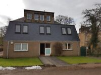 GILLSLAND ROAD -Two bedroom property in converted stonebuilt Victorian house in Merchiston