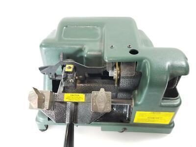 Kaba Ilco 045 Manual Key Cutting Machine (AM1050579)