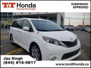 2013 Toyota Sienna SE *One Owner, Low KM's, Rear Camera*