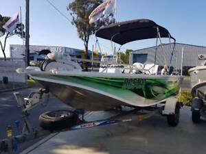 Quintrex 440 Hornet trophy Suzuki 60hp EFI Only 290 Hours Wrapped