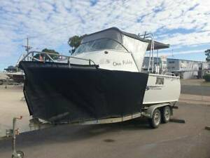 TABS 570 Southerner Mercury 150hp EFI Four Stroke 116hours Pialba Fraser Coast Preview