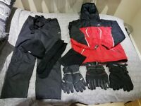 Mens/ boys skiing clothing