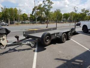 car trailer 1 8 T with electric brakes and two winches | Trailers