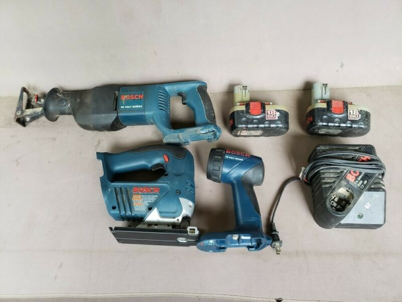 Bosch 18v Skill Saw/Reciprocating Saw/Flashlight with 2 batteries and 1 charger