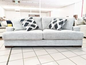 GEASHILL 3 SEATER Hope Island Gold Coast North Preview