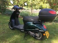 Sinnis Encanto scooter 49cc