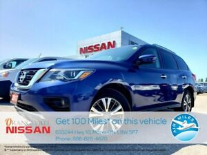 2017 Nissan Pathfinder SV  4X4  7 Seater  Back Up Camera  87 K.
