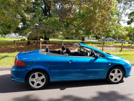 2005 Peugeot convertible great conndition mecanically A