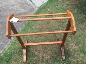 Maple Towel Stand Ashgrove Brisbane North West Preview