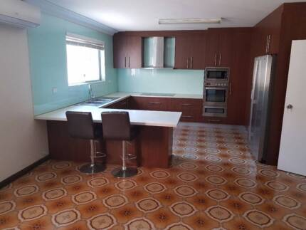 Room for rent Canley Vale Sydney (Student accommodation)