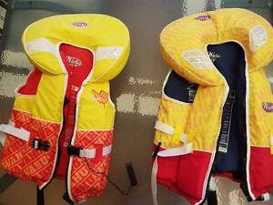 Wahu PFD 2x kids medium $30 each Willetton Canning Area Preview