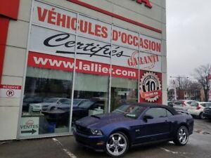 2012 Ford Mustang GT, convertible, sièges chauffants, cuir,