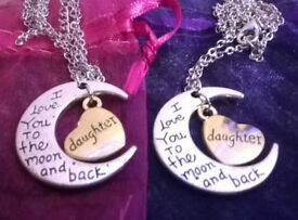 BRAND NEW DAUGHTER I Love You to The Moon And Back Necklace with A Gift Bag £5 Each