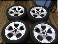 "4 x 17"" Alloy Wheels"