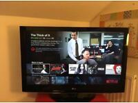 "LG 42"" Full HD tv with Freeview built in Excellent Condition"