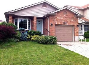 FANSHAWE: 5 BEDROOM BEAUTY STUDENT HOUSE W/ CINEMA (ALL IN)
