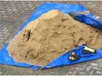 1 tonne of sharp sand