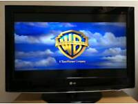 """Lg 32"""" LCD TV WITH REMOTE FREEVIEW"""