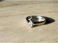 Beautiful .25 ct Diamond Platinum Engagement Ring - Size K with Diamond Certificate