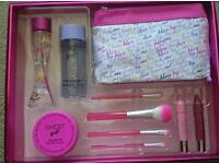 Brand New Unused Ghost Girl Party prep Gift Set