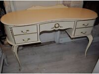 louis style dressing table