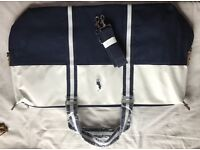BRAND NEW RALPH LAUREN BAG COMES WITH STRAP GREAT FOR TRAVELING