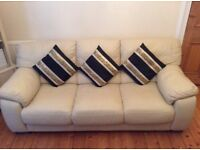 EXCELLENT CONDITION 3 SEATER CREAM LEATHER SOFA