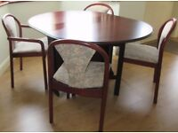 Dining table & 4 dining chairs