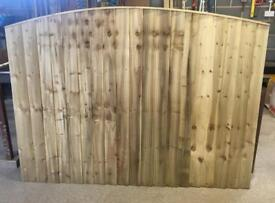 🦋 Pressure Treated Bow Top Wooden Garden Fence Panels