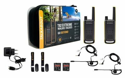 Walkie Motorola T82 Extreme + headsets + charger + suitcase 10 km new model 2019