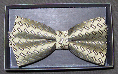 Mens Gold Rectangle Pattern Pre Tied Adjustable Bow Tie New In Box NBT 3 Boxed Pattern Bow Tie