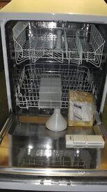 Free Standing ZANUSSI Dishwasher.