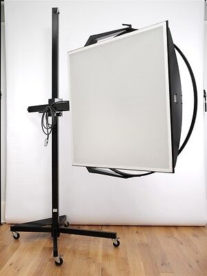 Broncolor Hazylight 2 Reflector + Stand + Pulso 2/4 3200j Flash Head EXC++