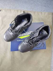 Blundstone Work Boots - Size 11 Steel-capped black Belmont Belmont Area Preview